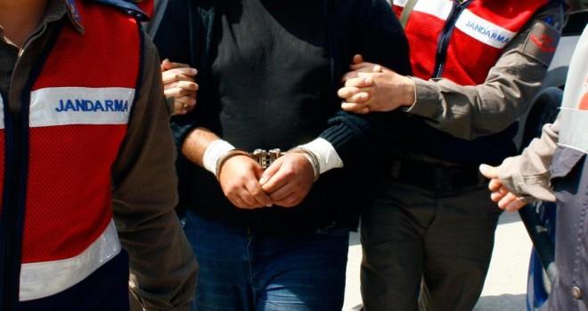 PKK şüphelisi çift sınırda yakalandı