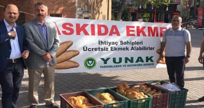 Askıda ekmek kampanyası