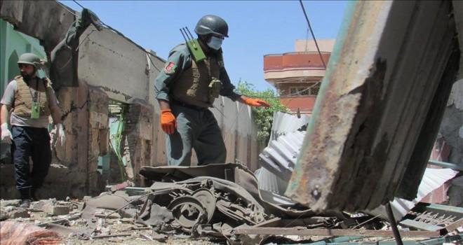 Afganistan'da seçim merkezine saldırı