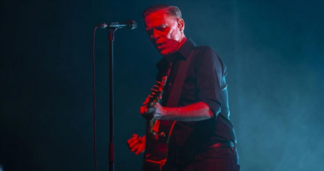 Bryan Adams İstanbul'da konser verdi