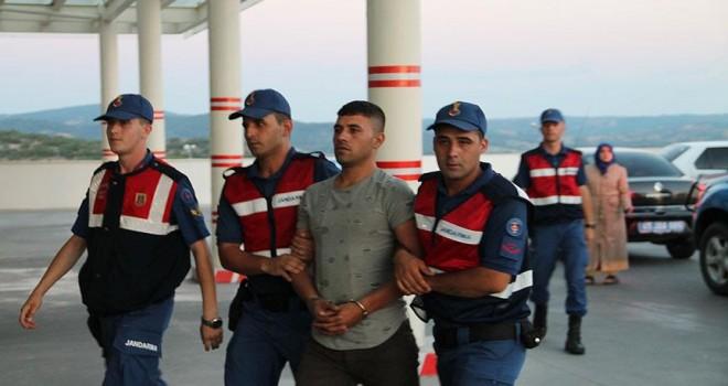 Kamu görevlisi olduğunu iddia eden 3 hırsız tutuklandı