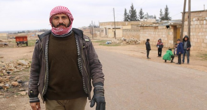 Fırat Kalkanı bölgesindeki Kürtlerden Zeytin Dalı Harekatı'na destek