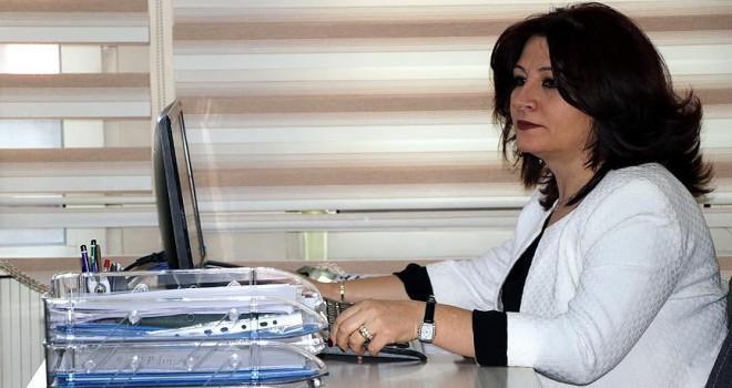 Kanseri yenen hemşire, hastalara moral oluyor