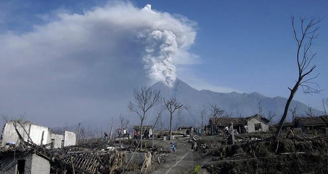 Merapi Yanardağı alarmı