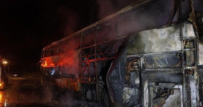 Tayland'da otobüs yangını: 20 ölü