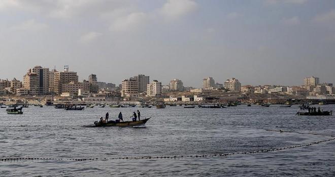 İsrail 5 Filistinli balıkçıyı gözaltına aldı