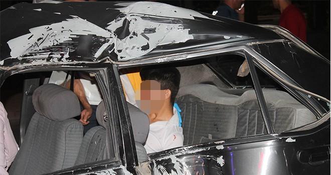 Ehliyetsiz sürücü  kaza yaptı: 3 yaralı