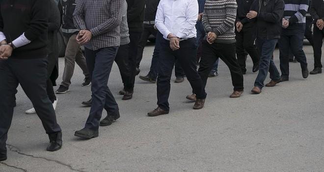 FETÖ'nün 'askeri mahrem yapılanmasına' operasyon: 15 gözaltı