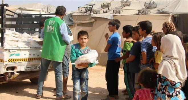 İHH'dan İdlib'e 10 milyon ekmek