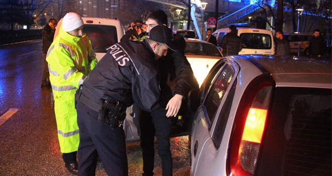 Yılın ilk trafik cezasıalkollü sürücüye