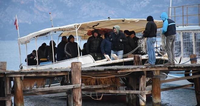 Hükümlülerin tekneyle tarihe yolculuğu