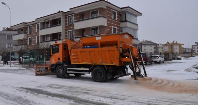 Selçuklu Belediyesinden kar mesaisi