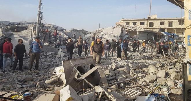 Halep'te pazar yerine hava saldırısı: 53 ölü