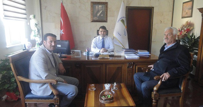 Derebucak'ta belediye başkanı adayları centilmenlik anlaşması yaptı