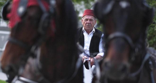 Saraybosnalı ailenin bir asırlık fayton geleneği