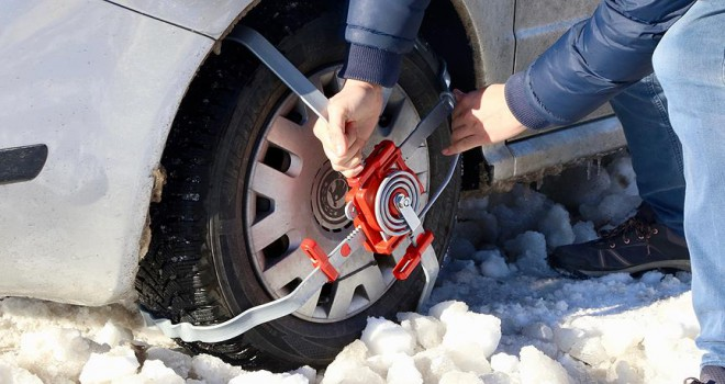 Karlı ve buzlu yollar 'çelik örümcek' ile aşılacak