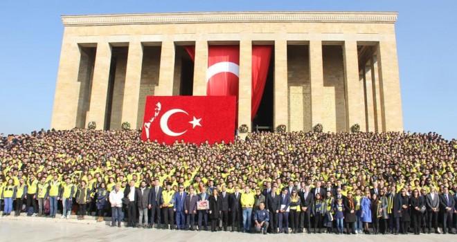 Fenerbahçeliler Anıtkabir'de