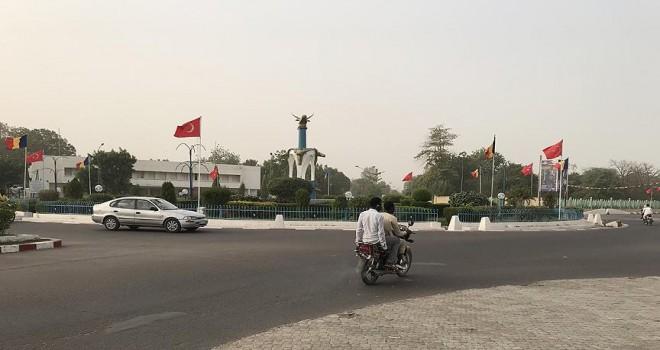 Çad sokakları Türk bayraklarıyla süslendi