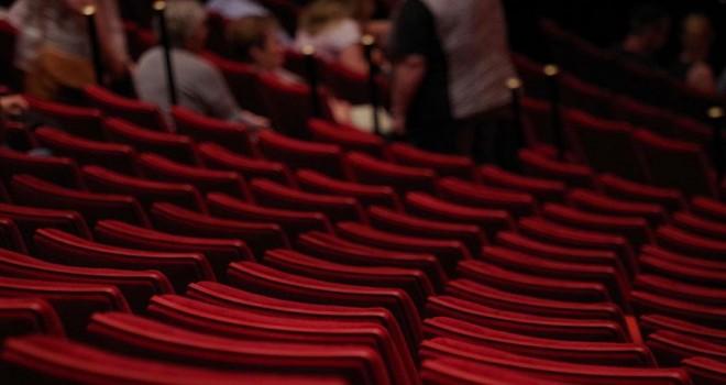 Şehir Tiyatroları'nın iki oyunu izleyiciyle buluşacak