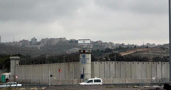 'İsrail'de 291 çocuk tutuklu var'