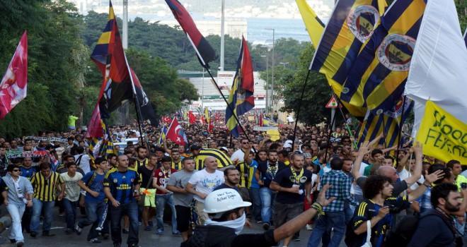 Konyaspor maçı öncesi  taraftardan protesto
