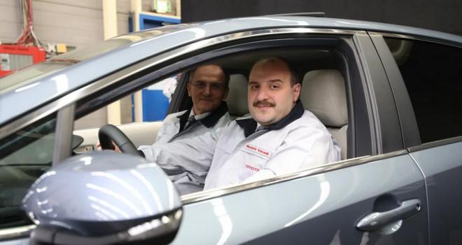 Varank, Türkiye'de üretilen ilk hibrit otomobilini test etti