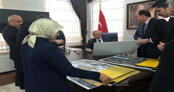 Konya projelerini görüştü