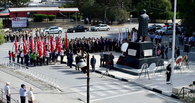KKTC'de 19 Mayıs törenlerle kutlandı