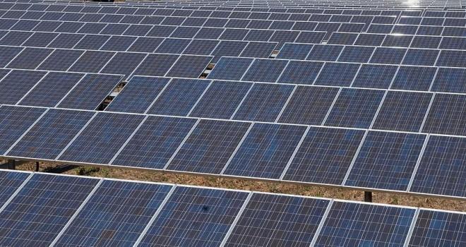 Kazakistan'da 'güneşe' 157 milyon avro yatırılacak