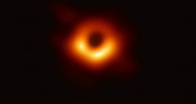 40 milyar güneş büyüklüğünde kara delik