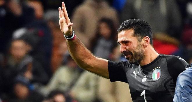 Buffon İtalya Milli Takımı'nı bıraktı