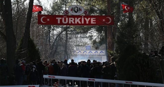 Yunanistan, sınırlarını yeniden açıyor