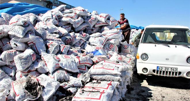 Bin 200 aileye kömür yardımı