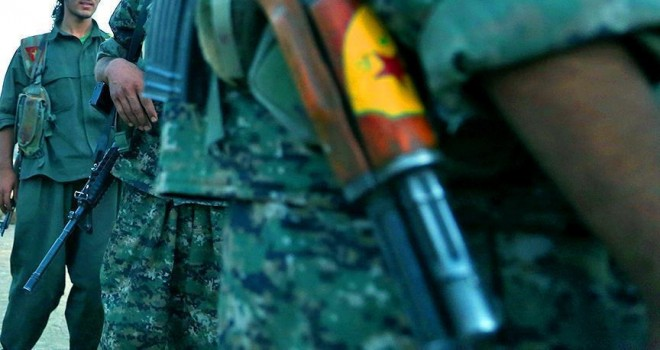 PYD/PKK Afrin'e terörist sevkiyatına sivilleri kalkan yaptı