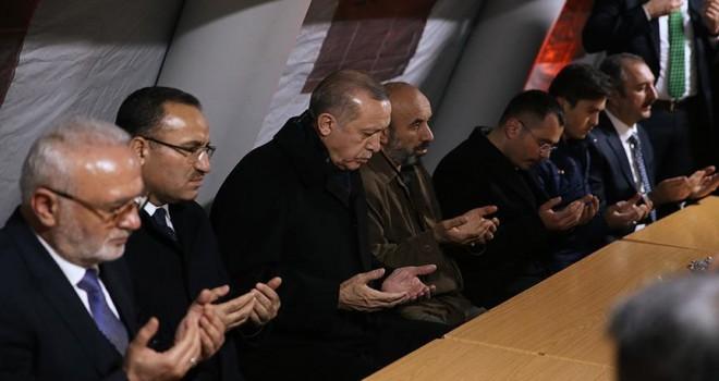 Cumhurbaşkanı Erdoğan: Biz sebebiz, zafer Allah'a ait