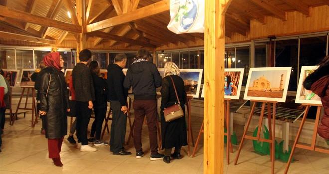 Beyşehir'de fotoğraf gösterisi ve sergi açılışı