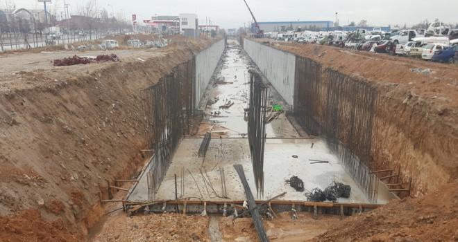 Keçili Kanalında bin 377 metre ıslah