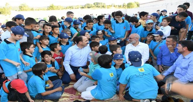 Çocuklarımız Geleceğin Türkiye'sini İnşa Edecek
