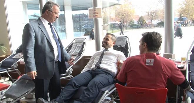Karatay belediyesindenkan bağışına tam destek