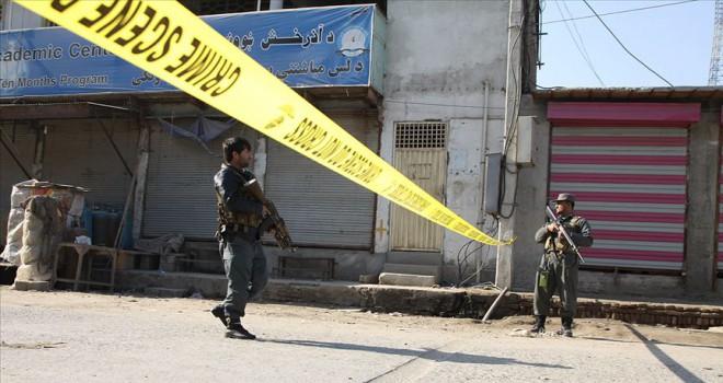 Afganistan'da bombalı saldırı: 7 yaralı