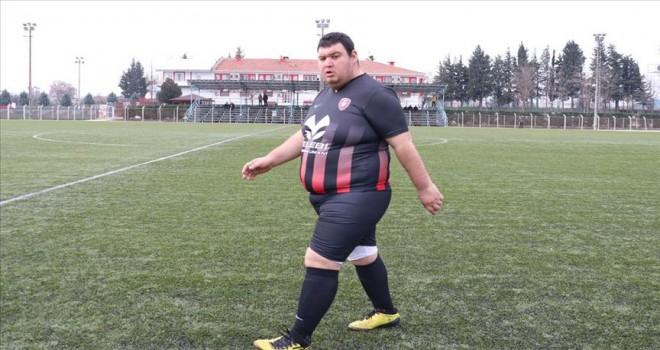 130 kiloluk golcü Hasan