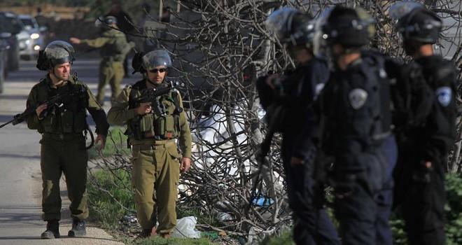 İsrail ordusu 16 Filistinliyi gözaltına aldı