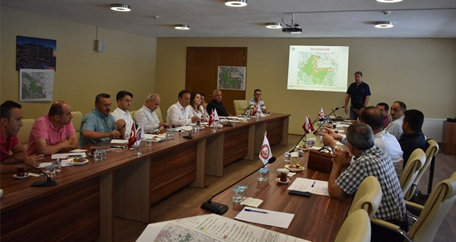 Kuğulu Parkı Gelişme  toplantısı yapıldı