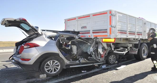 İkizleri kaza ayırdı