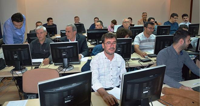 Konya SMMMO'da ileri düzey excel eğitimi