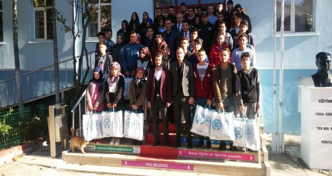Öğrencilere kışlık bot