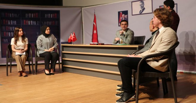 Şehit Kaymakam Safitürk'ün hayatını tiyatroyla anlattılar