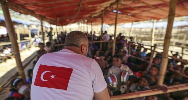 Türkiye Arakanlı Müslümanlar için ilkleri hayata geçiriyor