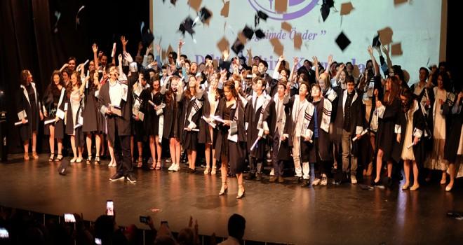 Diltaş'ta mezuniyet sevinci