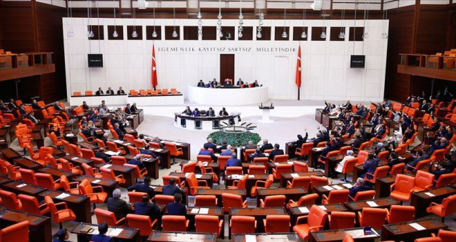 Ekonomi'deki 'torba teklif' Plan ve Bütçe Komisyonunda kabul edildi